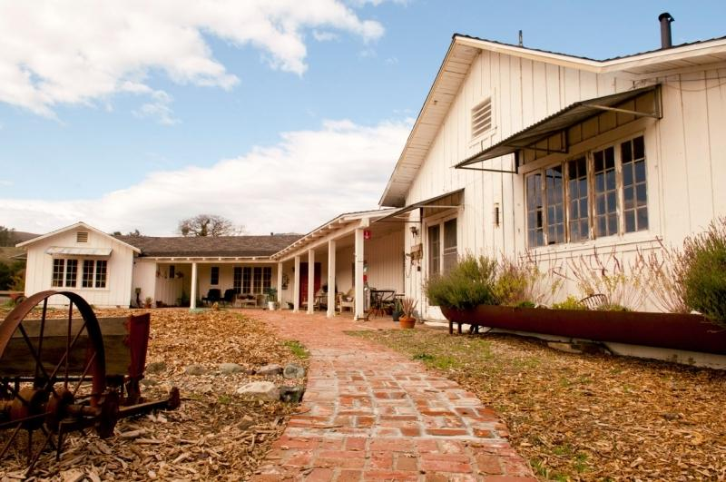 Ranch house photo