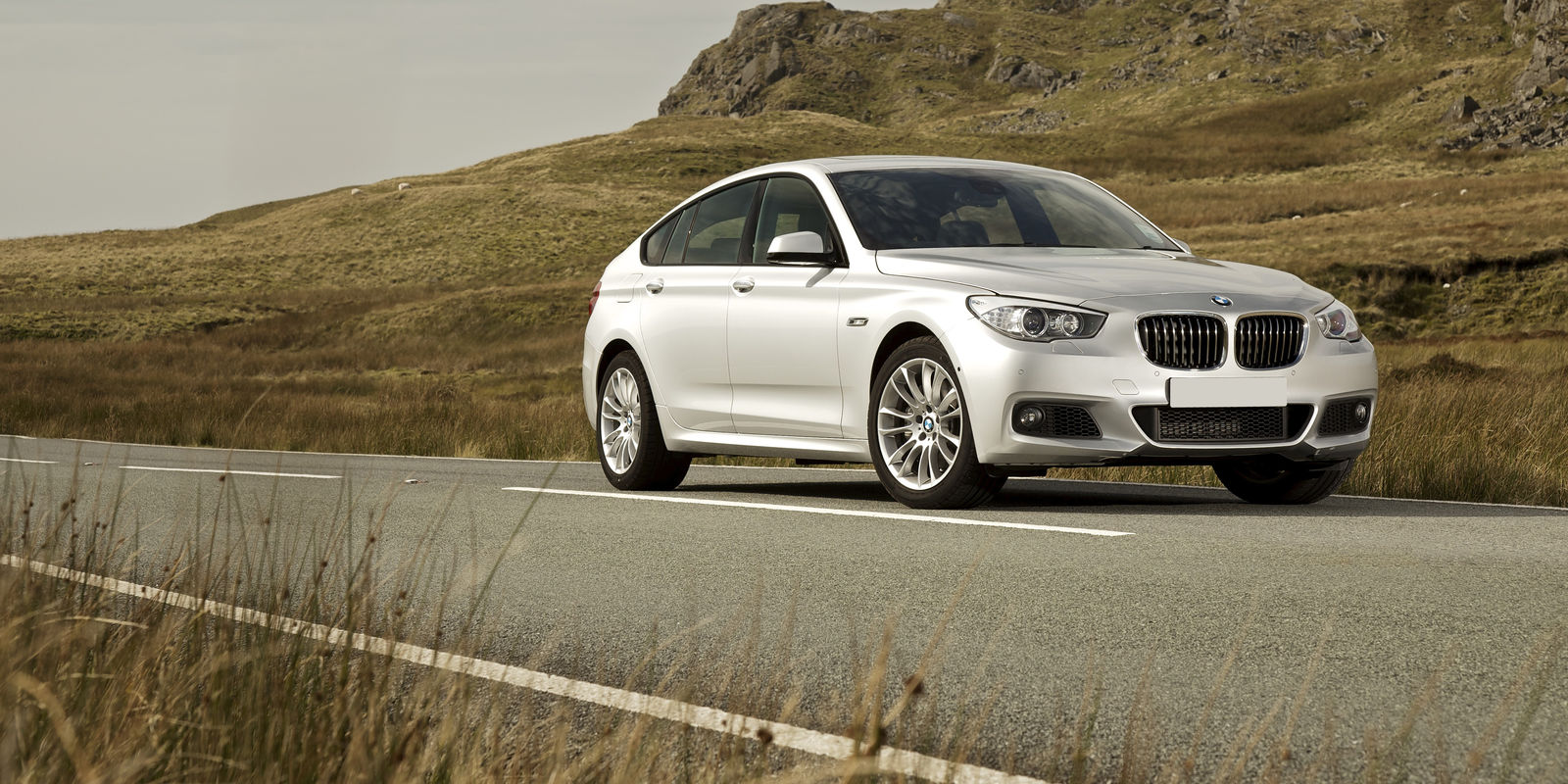 Bmw 5 Series Gran Turismo Review Bmw 5 Series Gran Turismo Review Carwow