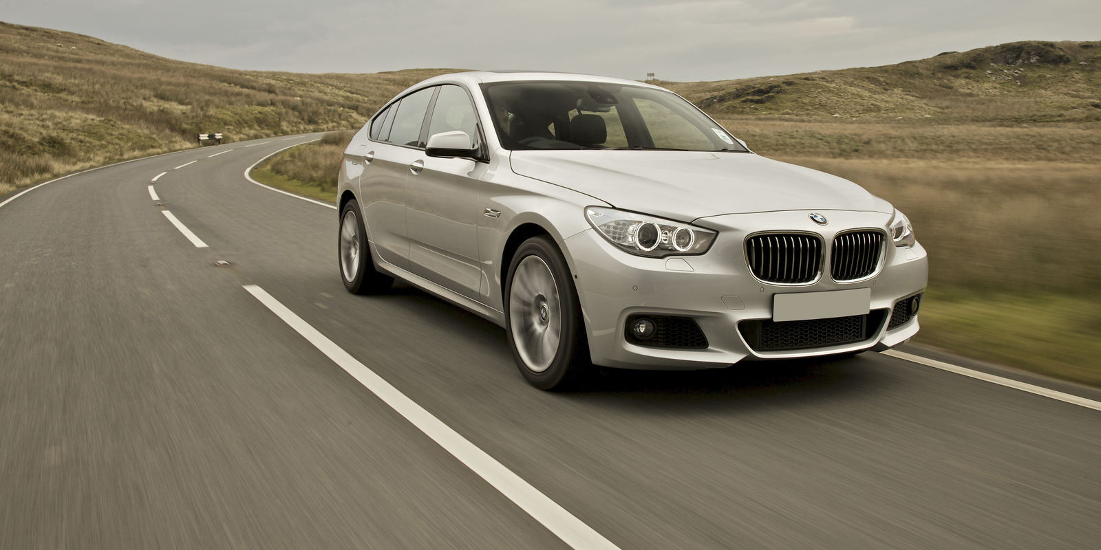 Bmw 5 Series Gran Turismo Review Bmw 3 Series Gran Turismo Review Carwow Upcomingcarshq