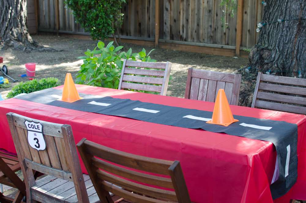 Cars, Lightning McQueen Birthday Party Ideas Photo 5 of 31 Catch