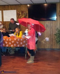 Raining Cats and Dogs Costume - Photo 2/2