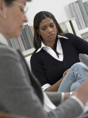 How Much Does a Clinical Social Worker Make Annually? Chron