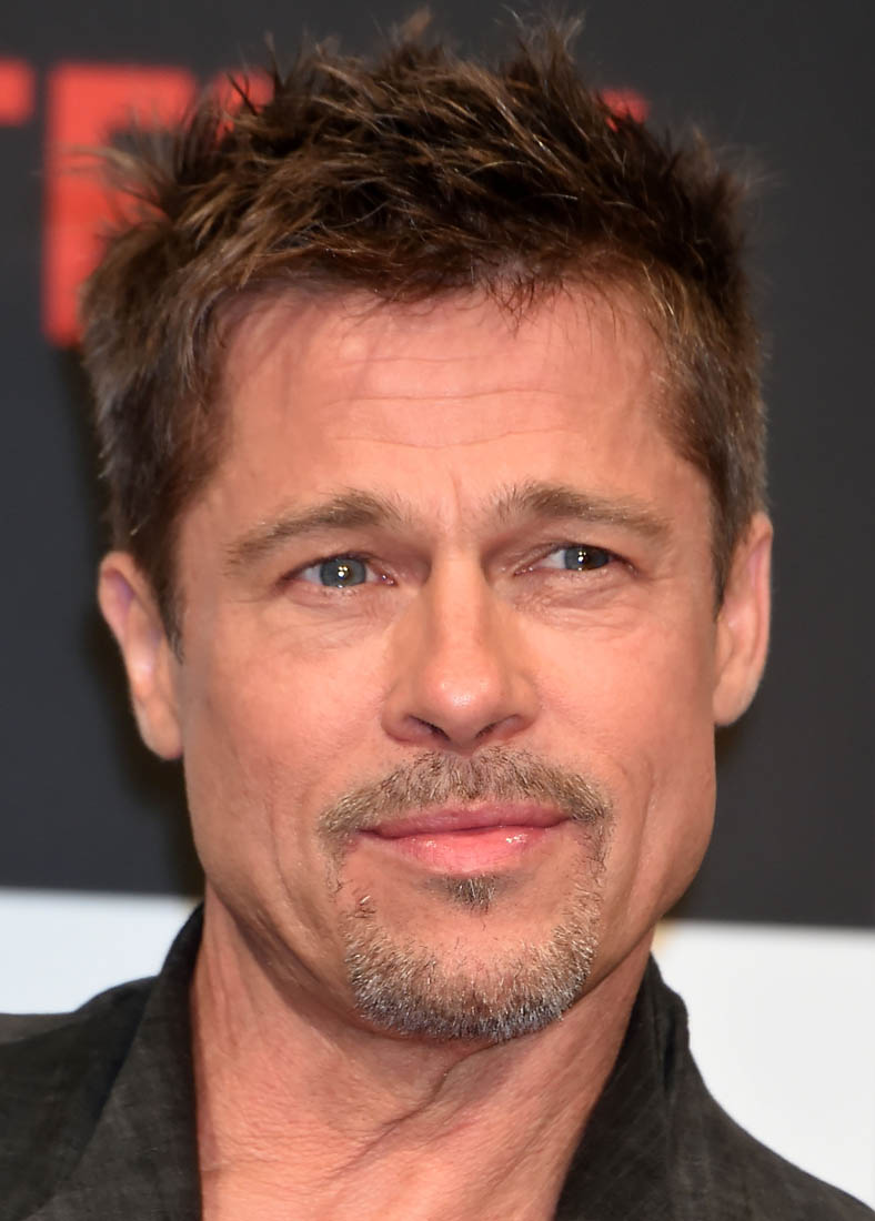Article Furniture Reviews Brad Pitt's Tailored Pants At War Machine Premiere And