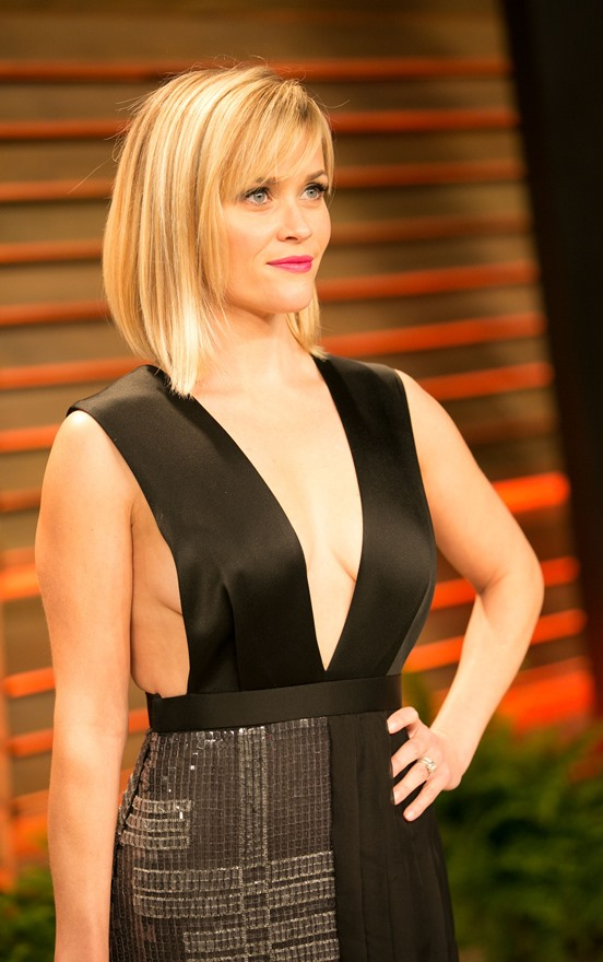 2 Swift Reese Witherspoon Deep 2014 Oscar Cleavage|lainey Gossip