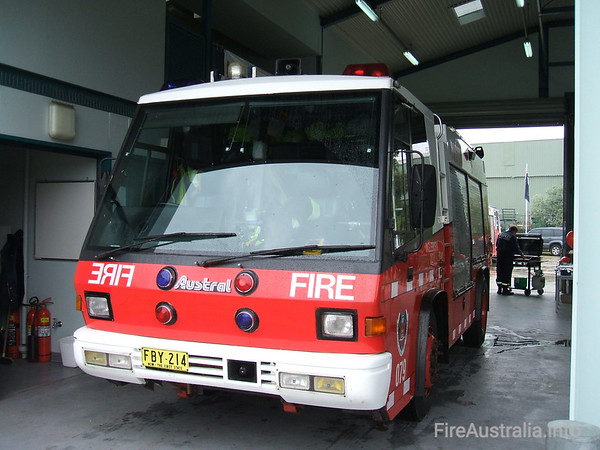 P79 Ingleburn PumperP79 Ingleburn Pumper, an Austral FirepacOpen Day April 2007