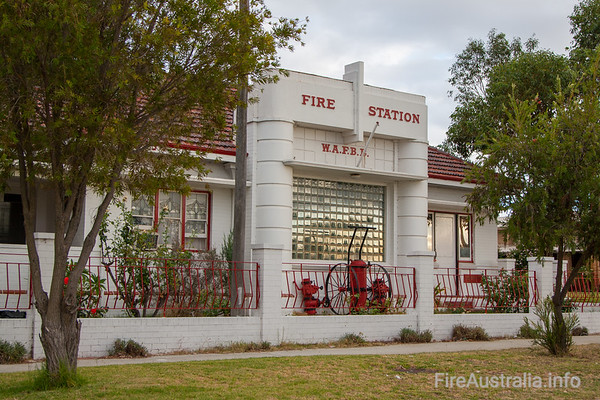 Old Cannington Fire StationOld Cannington Fire Station. Now a home.Photo March 2009