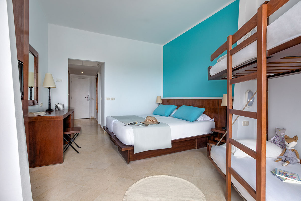 Chambre Quadruple Club Marmara Palm Beach Djerba Tui