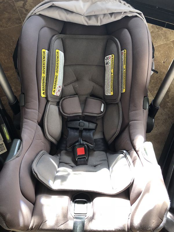 Nuna Stroller Caddy Nuna Pipa Car Seat With 1 Base And Nuna Ivvi Stroller With