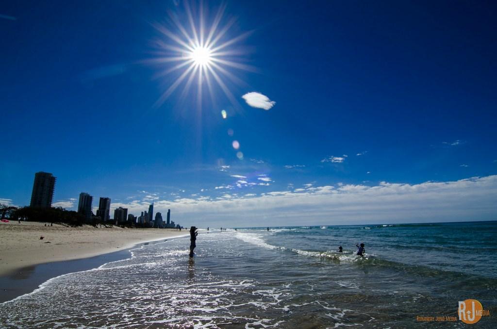 Sunny Gold Coast - Winter Wonderland, Gold Coast style