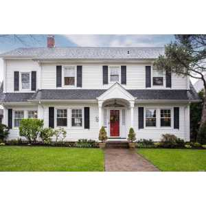 Examplary Heart This Center Hall Colonial Is Situated On A Tree Lined Street This Center Hall Colonial Is Situated On A Tree Lined Es Section