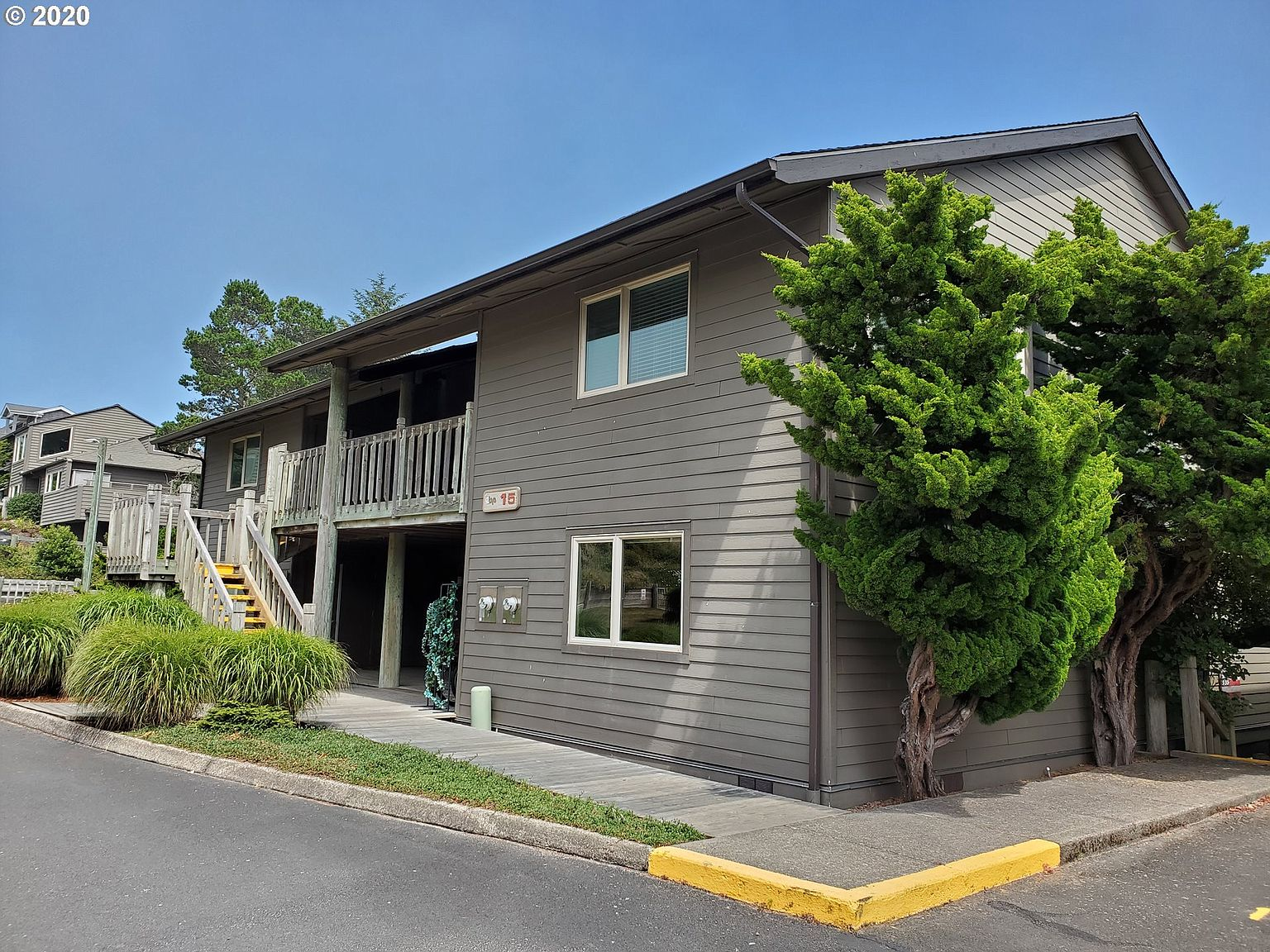 153 N Breakers Point Ct Condo 153 Cannon Beach Or 97110 Zillow