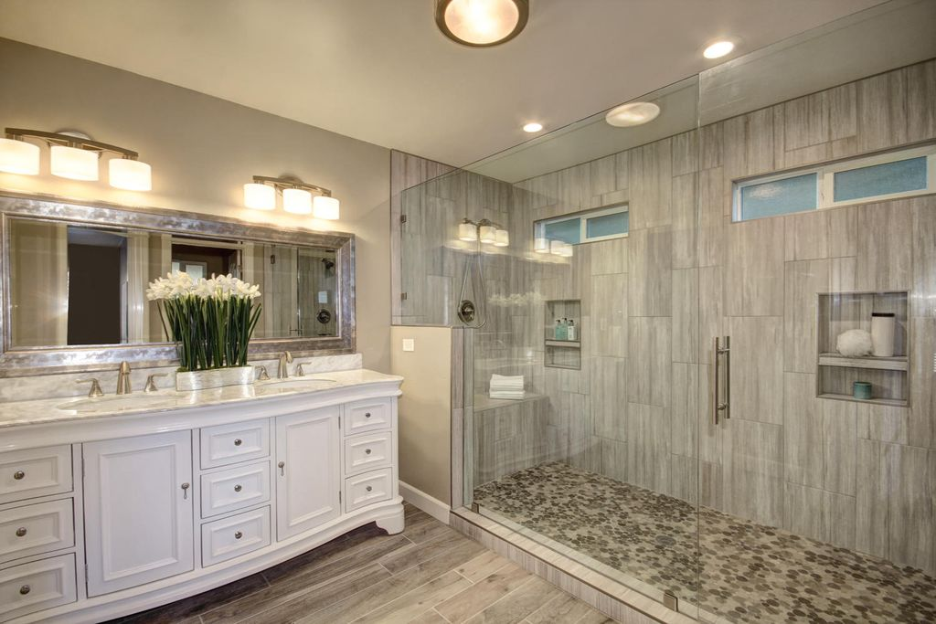 Traditional Master Bathroom In Granite Bay Ca Zillow Digs Zillow