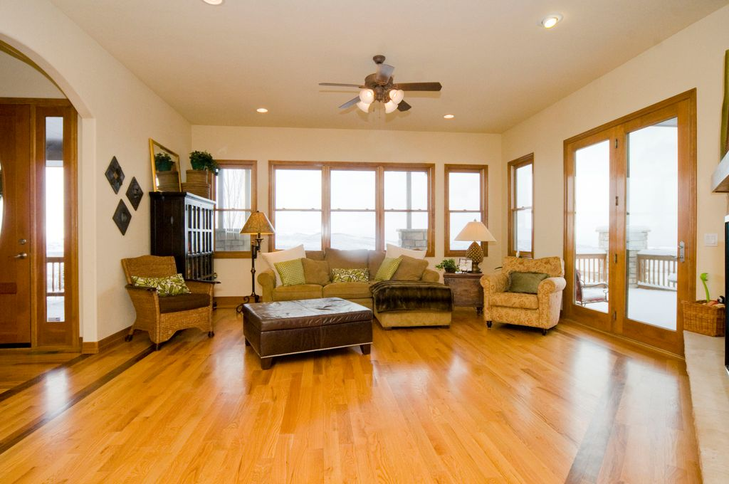Craftsman Living Room with High ceiling \ Hardwood floors in - craftsman living room