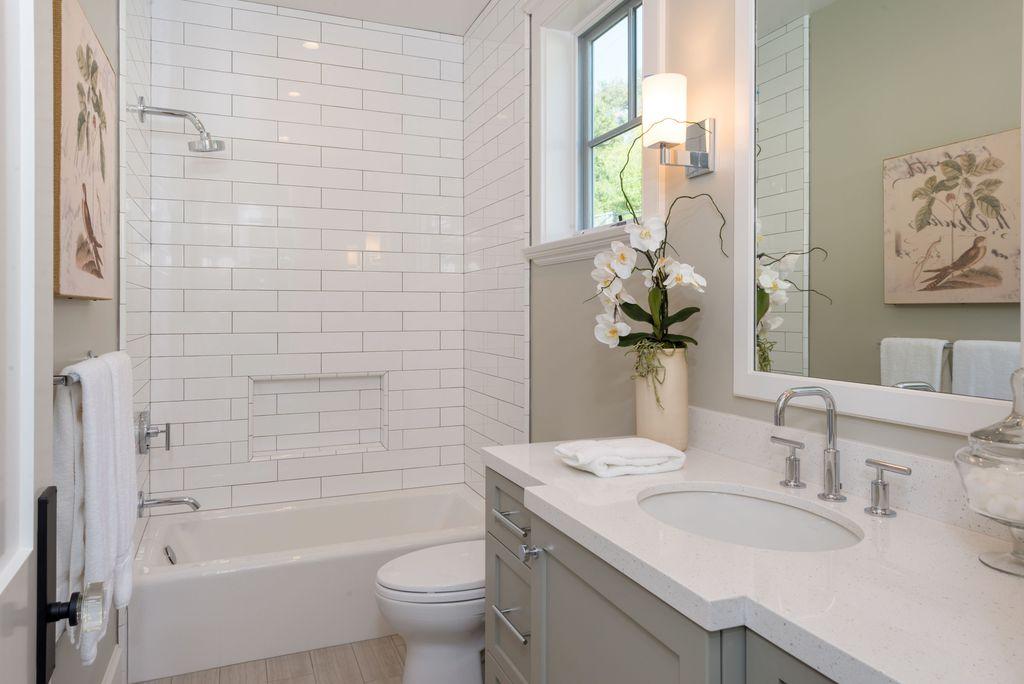 Traditional Bathroom Design Ideas \ Pictures Zillow Digs Zillow - traditional bathroom ideas
