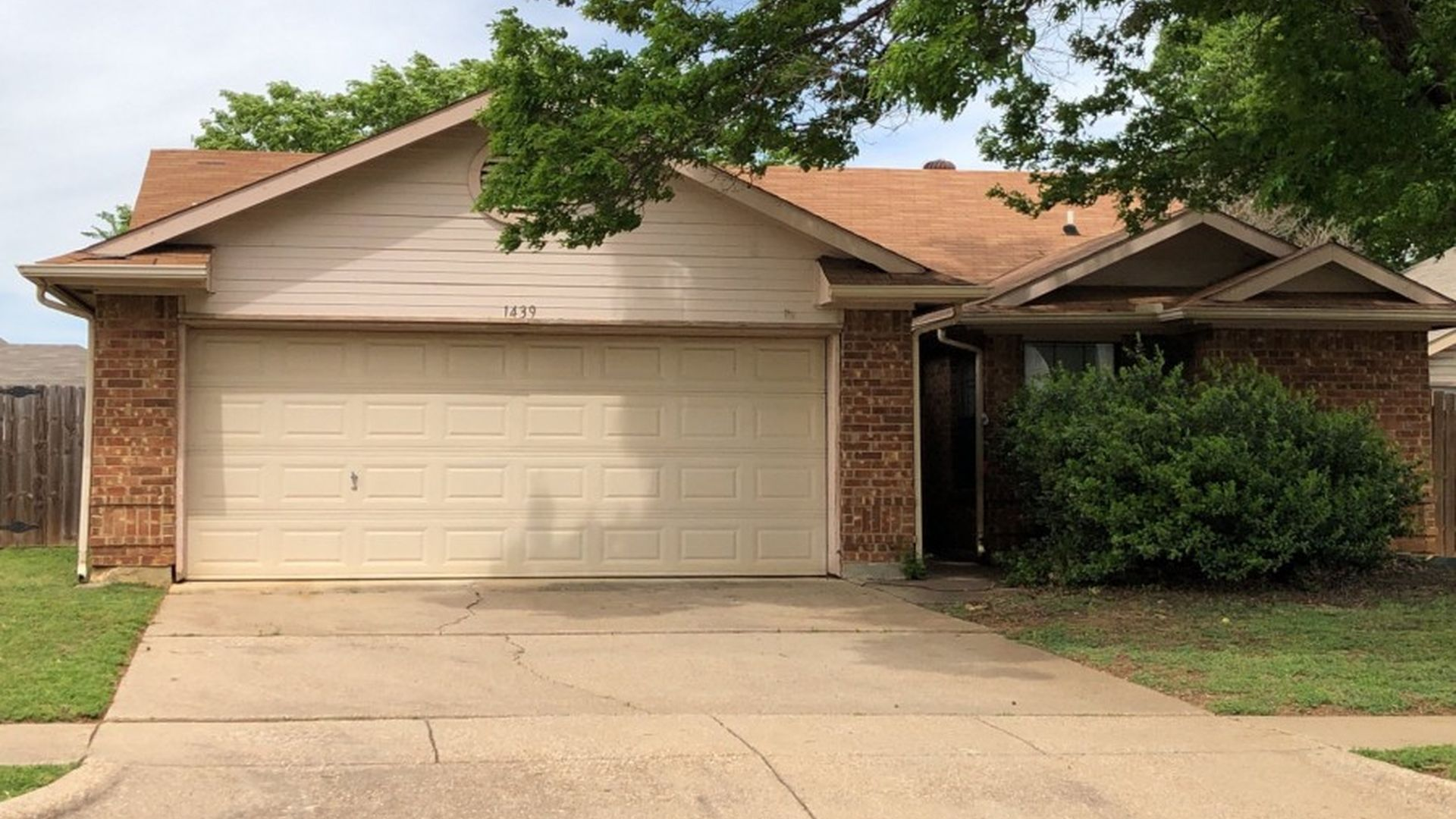 Garage Apartments For Rent Grapevine Tx Grapevine Real Estate Grapevine Tx Homes For Sale Zillow