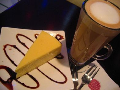 Cheesecake and Latte