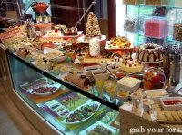Cafe Mix all-you-can-eat buffet at the Shangri-La Hotel ...