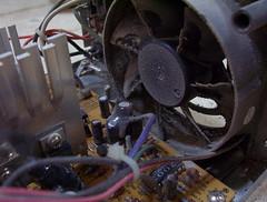 Localizando los cables del ventilador