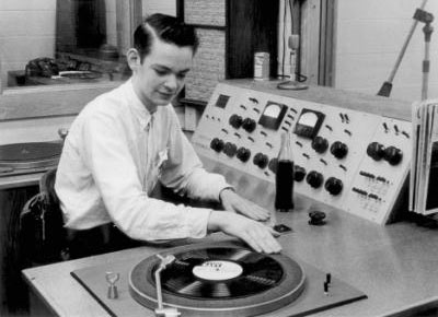 image of the master of the wheels of steel rewinding a phat record
