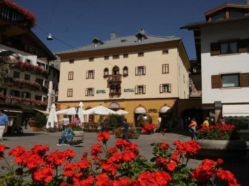 Royal Meuble Hostel Meuble Royal, Belluno, Italie | Hotelsearch.com