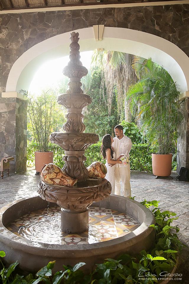 Honeymoon Wedding Photos Cancun Valentin Imperial Maya