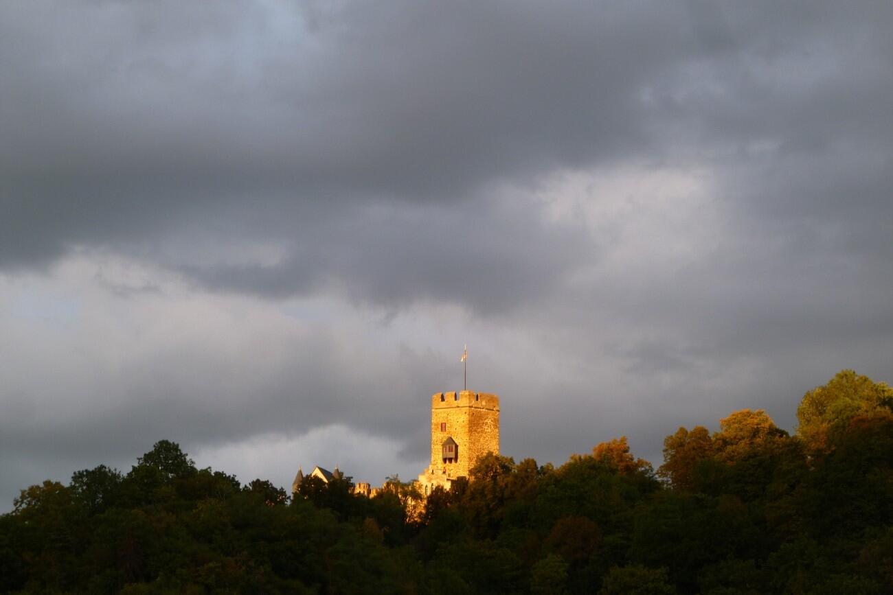 Burg.Lahneck.Face.2015-photosvonlahnstein.de-p1020516