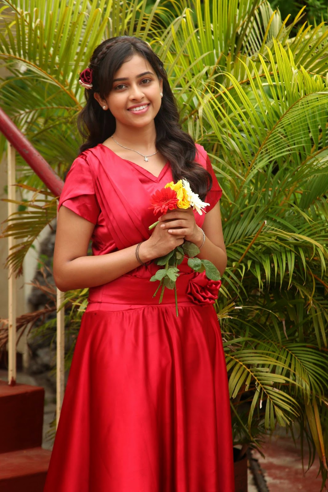 Internet Tv Sri Divya Wiki Age Height Weight Hot & Sexy Photo Images