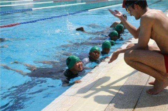 Laguna Holiday Club Supports Laguna Survival Swim Programme