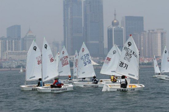 Phuket students in 2012 Qingdao International Regatta