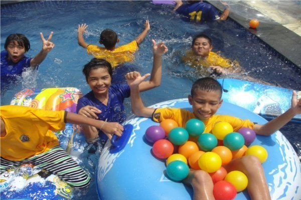 Phuket's Centara Cares - Patong Hotel shows its conscience