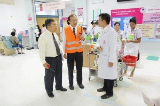 Phuket Hospital Staff in Fire Evacuation & Training Course