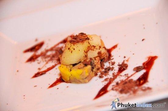 Phuket's Mom Tri's kitchen hosts Silver Oak Wine Dinner