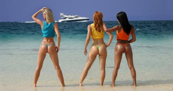 fesses-rebondies-a-la-plage-sexy