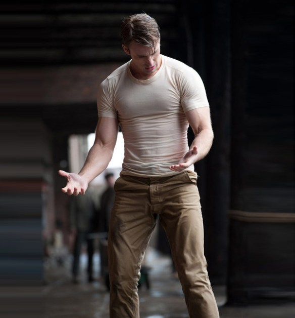 chris-evans-captain-america-corps-muscle
