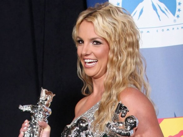 britney-spear-sourire-dents-blanche-sexy