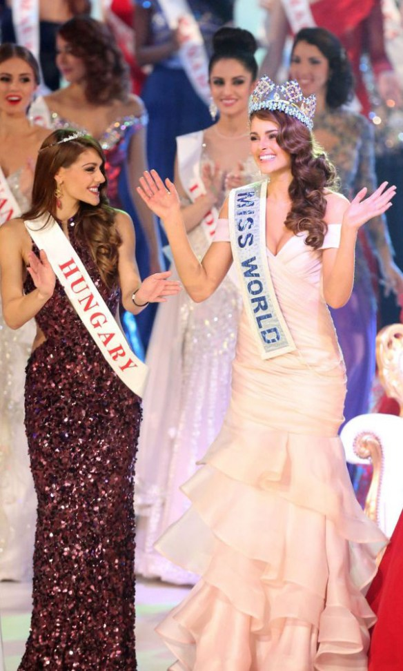 miss-afrique-du-sud-rolene-strauss-winner