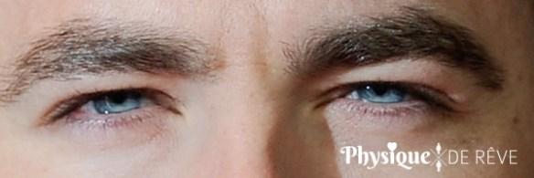 magnifique-yeux-bleu-homme