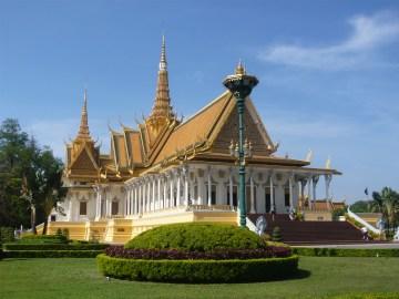 Royal.Place_.Phnom_.Penh_.Palais.Royal_.Cambodge.001-1
