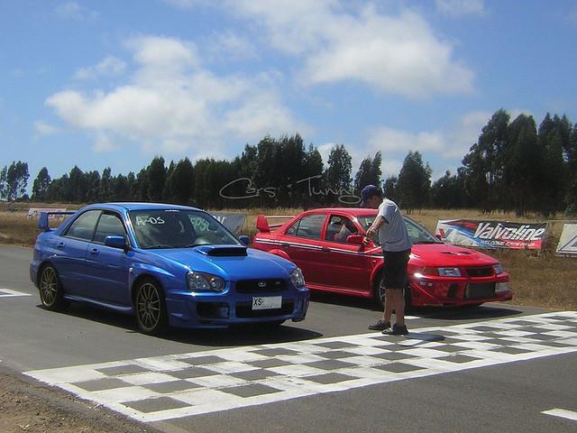 Subaru Impreza Wrx Sti Rally Car Wallpaper Mitsubishi Lancer Evo Vs Subaru Impreza Wrx Sti