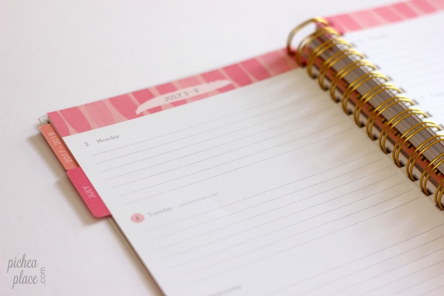 The Perfect Family Planner for a Busy Family 18-month Agenda Planner
