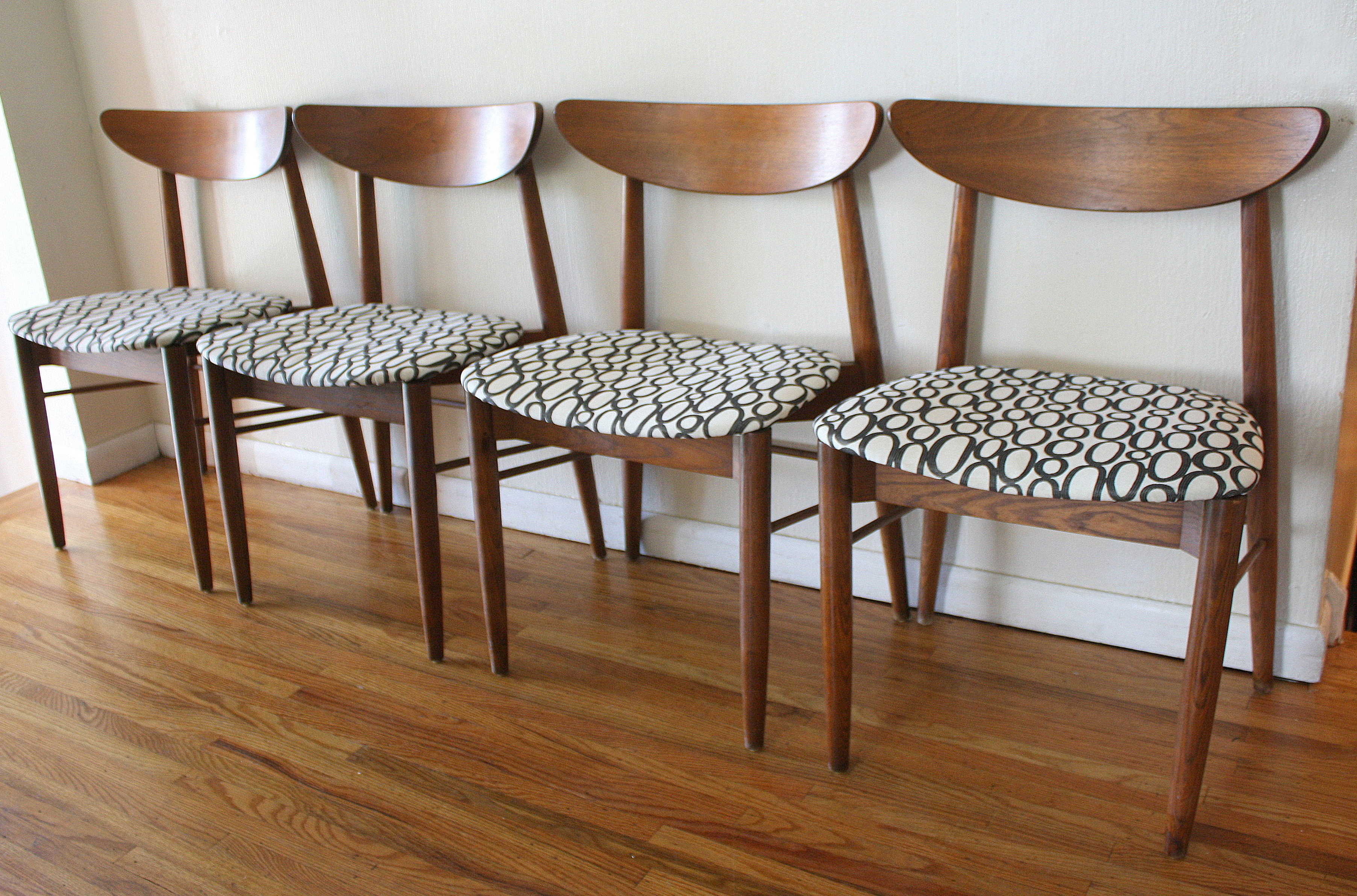 mid century modern sets of dining chairs mid century kitchen table mcm curved back chairs with circle seats 1