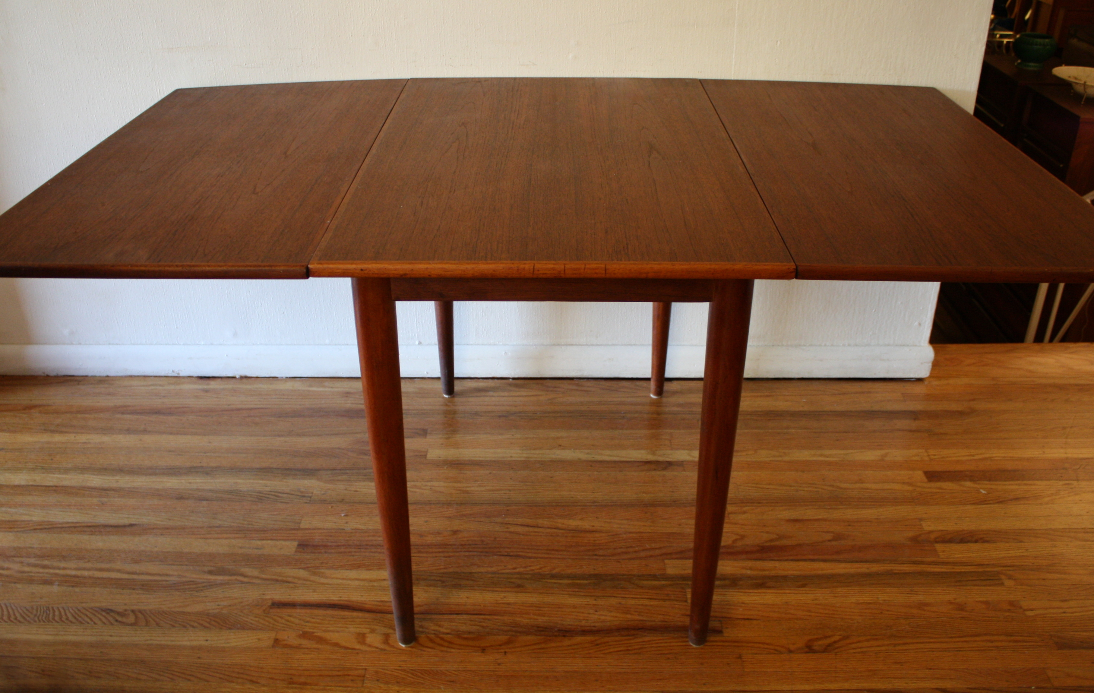 Folding Dining Room Table Chairs Mid Century Modern Danish Teak Dining Chairs And Folding