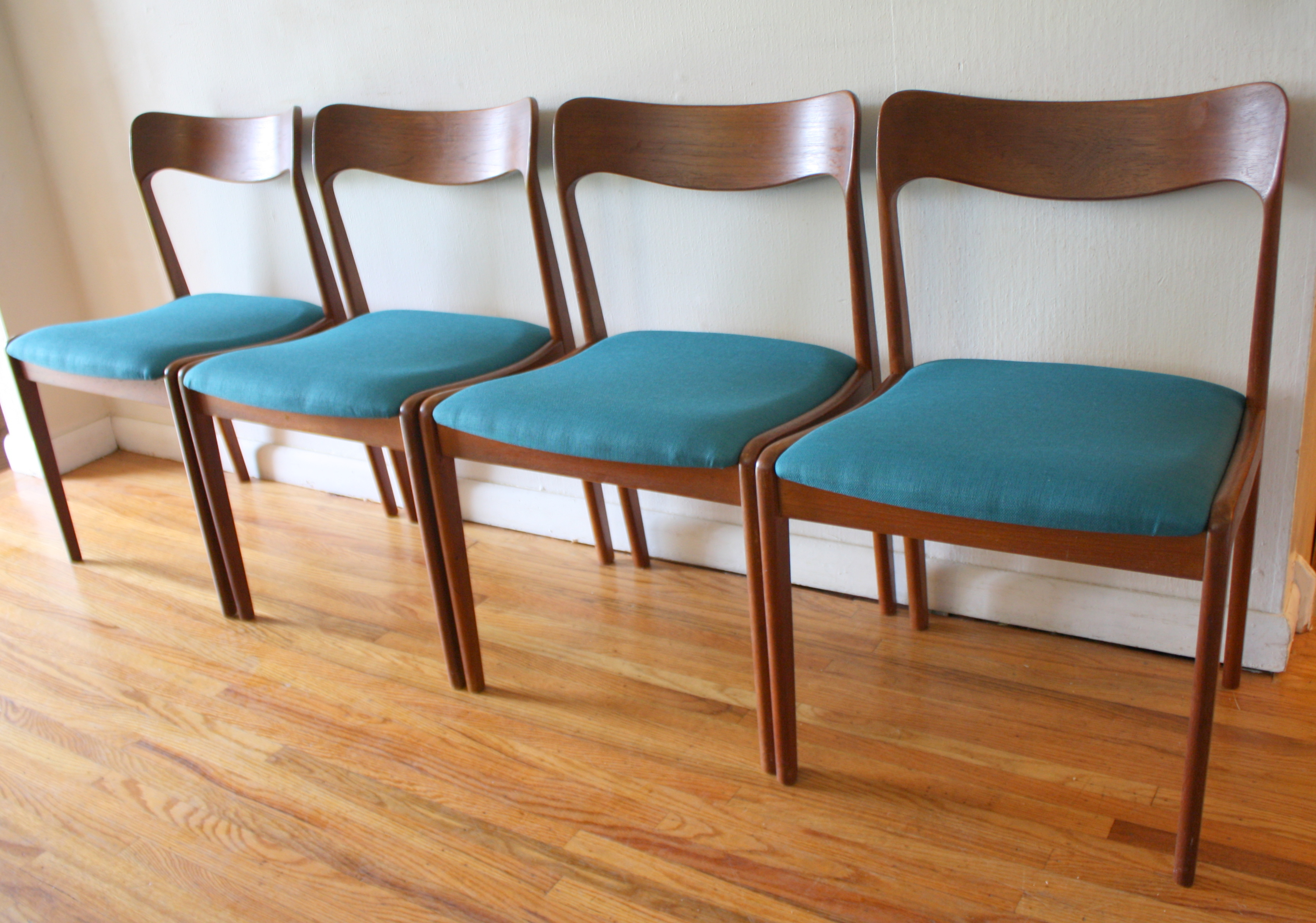 Mid Century Modern Danish Teak Dining Chairs And Folding Table Picked Vintage