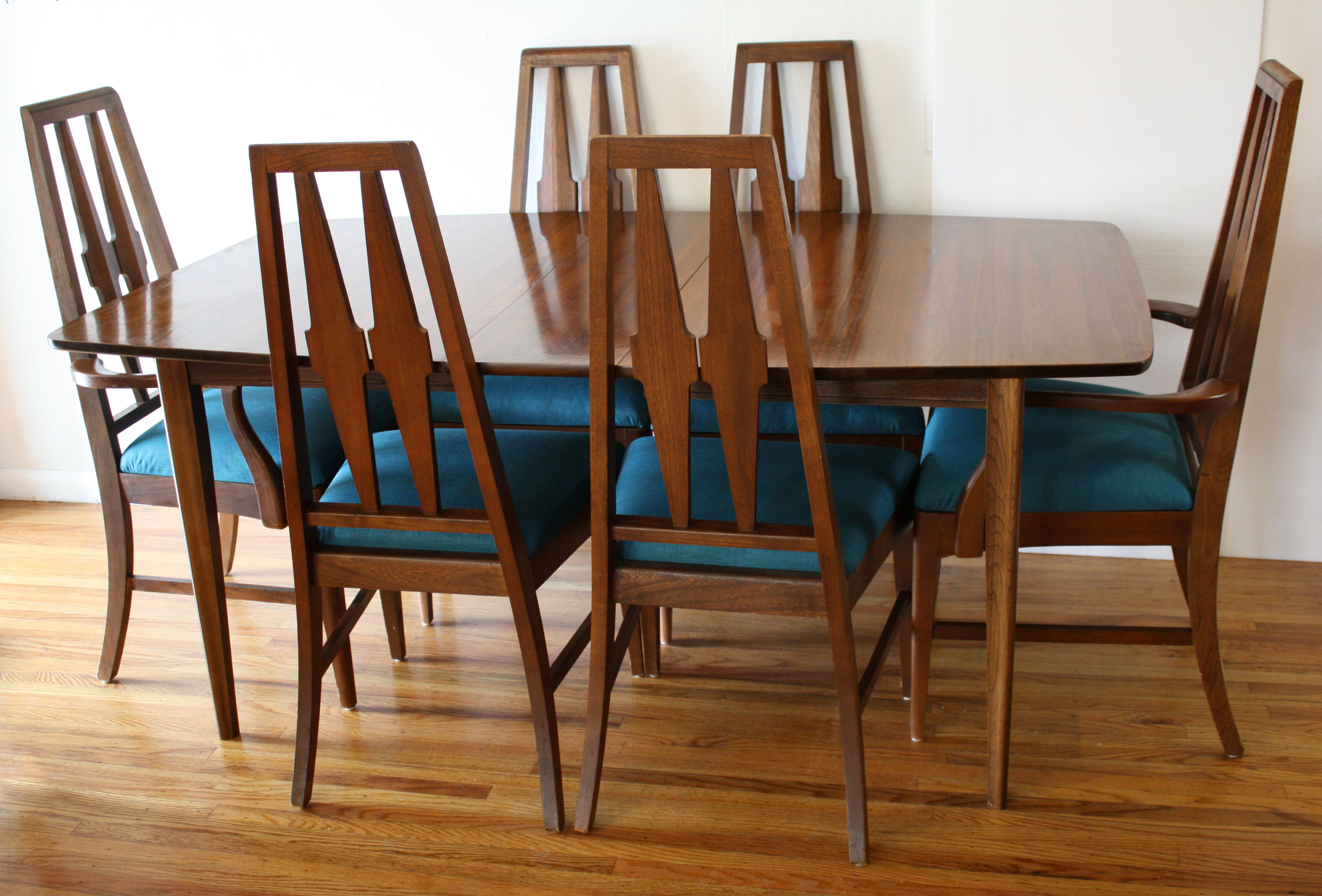 Modern Table Chairs Mid Century Modern Broyhill Brasilia Dining Table And