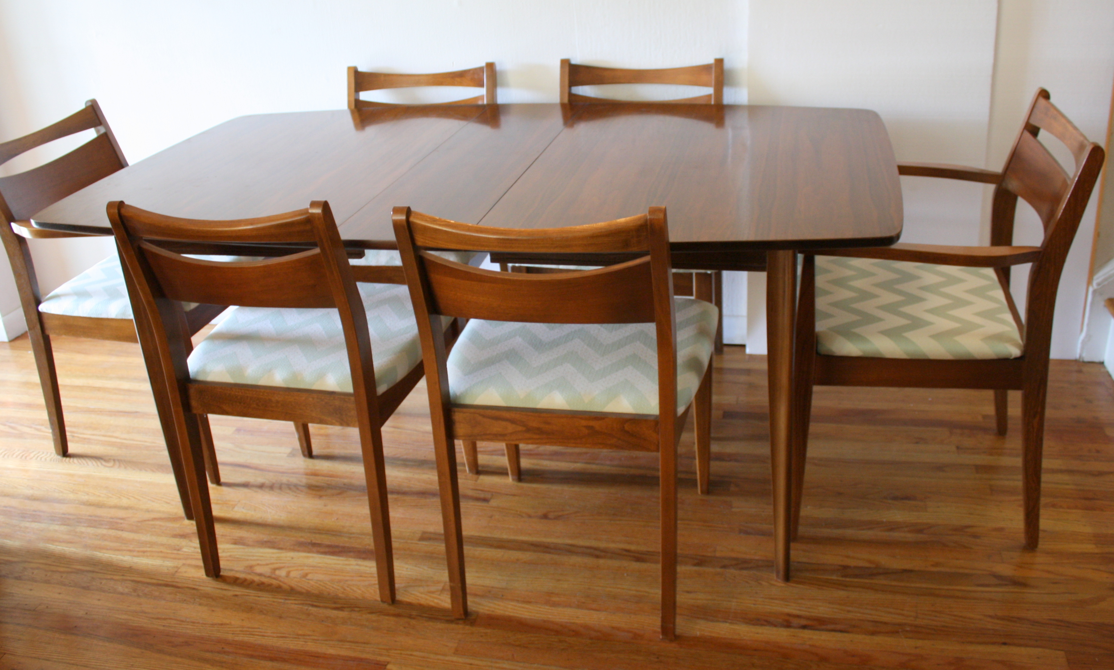 Modern Table Chairs Mid Century Modern Dining Chair Set And Broyhill Brasilia