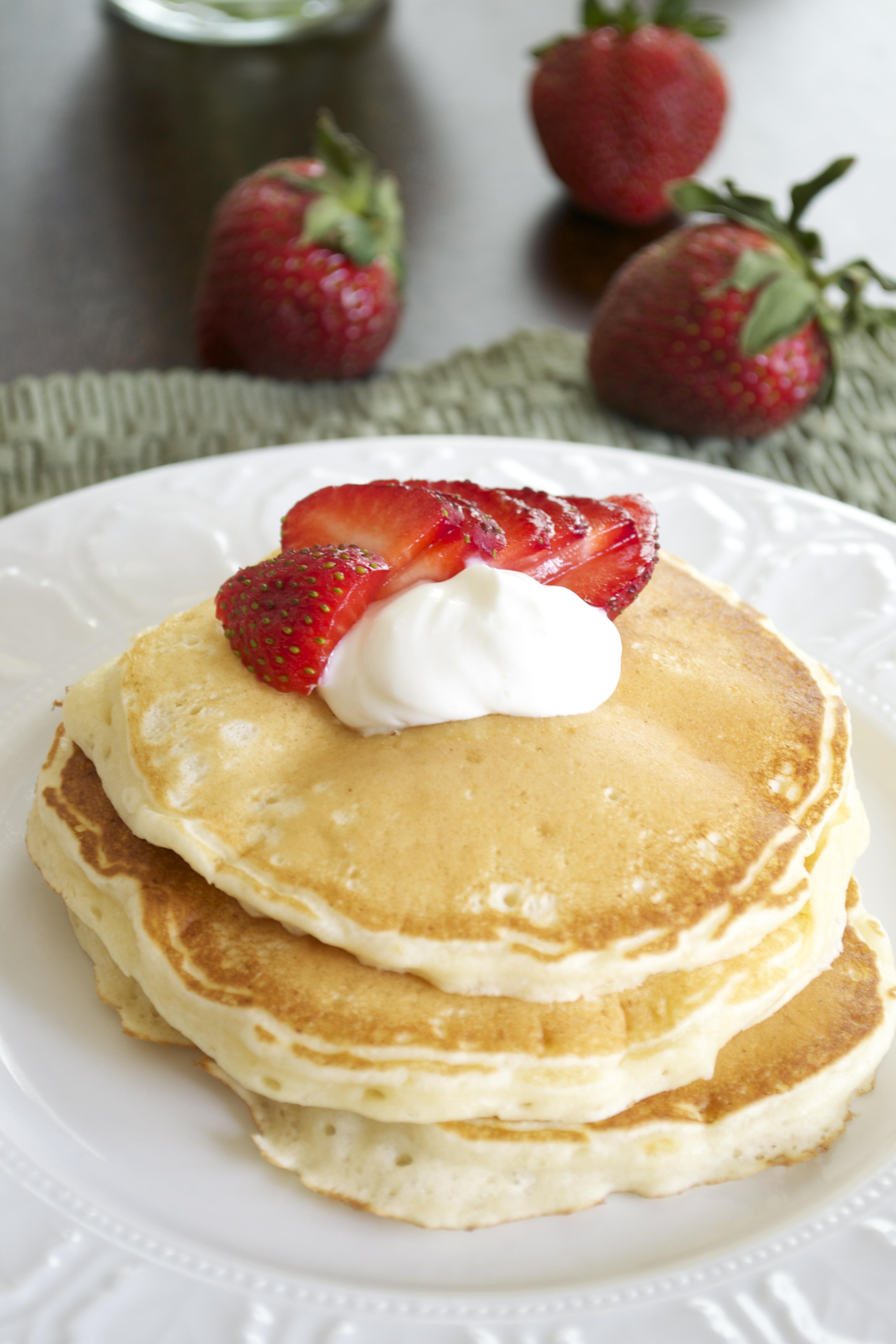 Strawberries and Cream Cheesecake Pancakes | Pick Fresh Foods | Pick ...