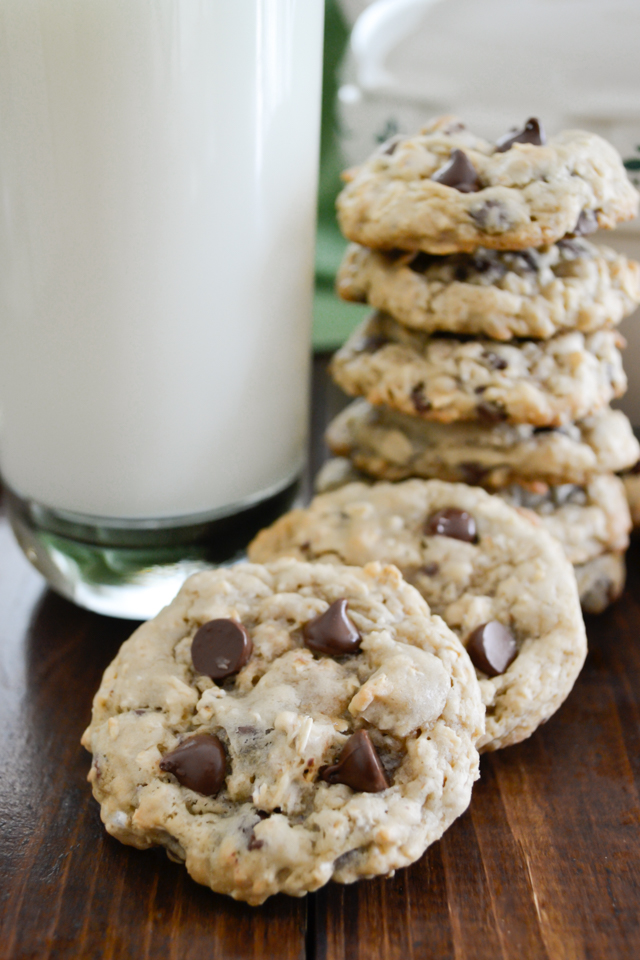 Oatmeal Chocolate Chip Cookies-4