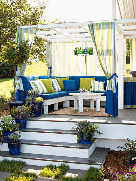 Diy outdoor rooms on a budget page 2 of 14 for Outdoor living ideas on a budget