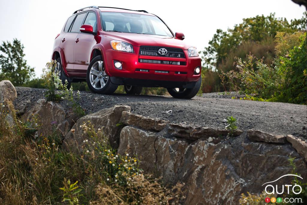 2012 Toyota RAV4 Sport 4WD Car Reviews Auto123