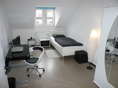 20 Qm Wohnzimmer Einrichten u2013 raiseyourglassinfo - schlafzimmer 14 qm einrichten